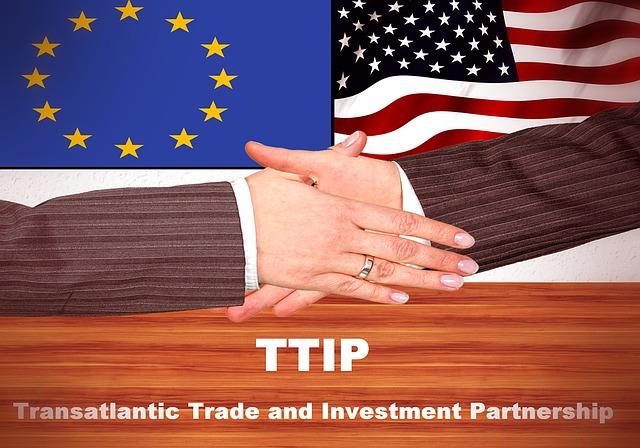 外国法人に支払う利子・配当・使用料(ロイヤリティー)については租税条約で軽減税率の適用が可能