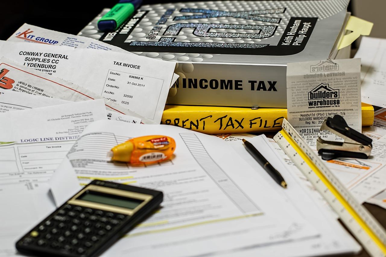 個人事業主(フリーランス)が外注費を払うとき、もらうときに税金(源泉所得税)で気をつけるべきこと